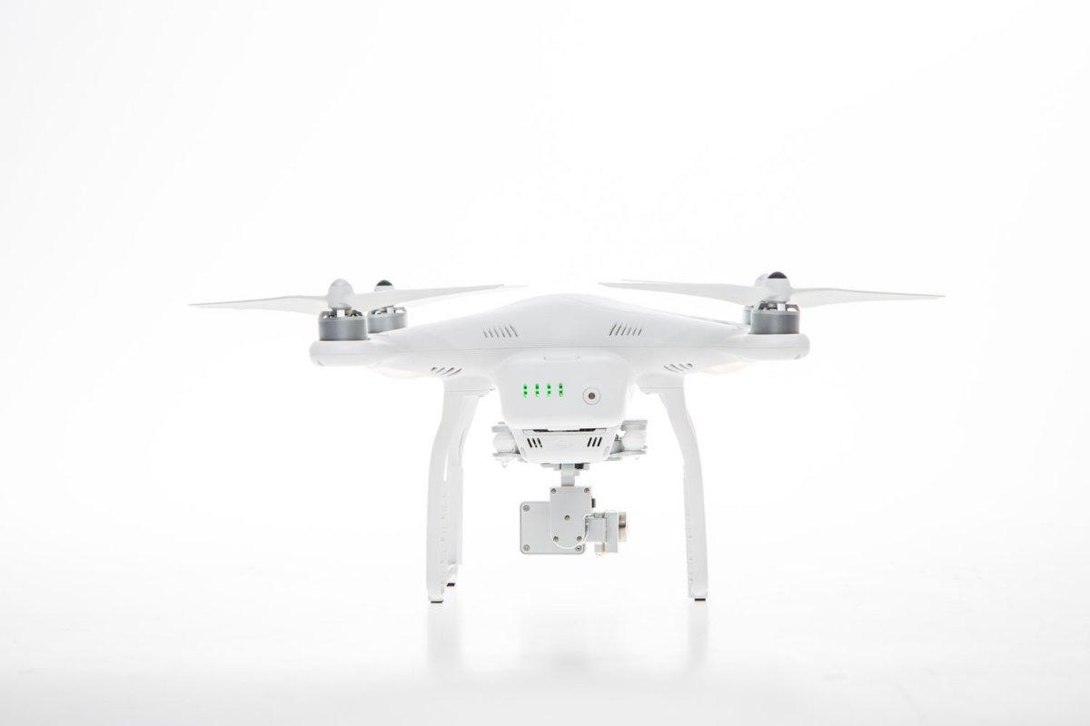 DJI Phantom 3 Advanced Quadrocopter - RC-Drohnen.de
